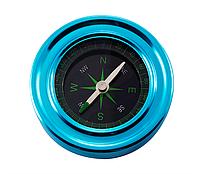 Классический магнитный компас в металлическом корпусе