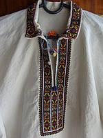 Чоловіча сорочка кольоровий орнамент