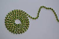 Стразовая цепь Preciosa (Чехия) ss12 Peridot/латунь