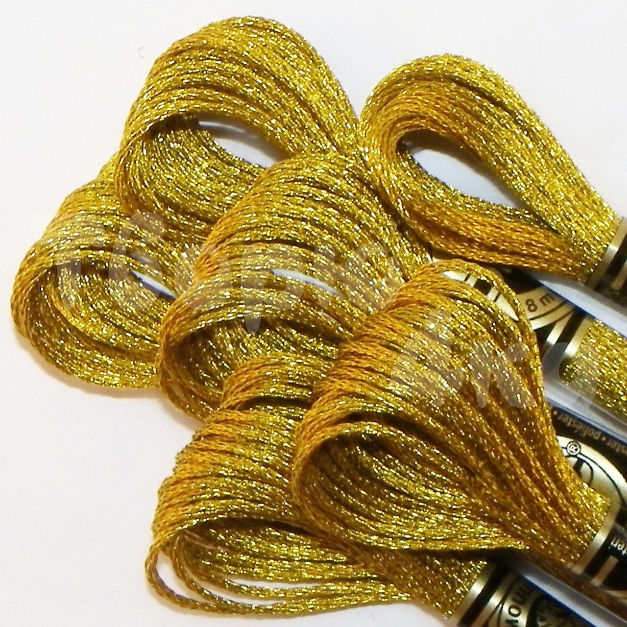 Вышивка золотыми мулине