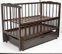 """Детская кроватка для новорожденных """"Малятко"""" с маятниковым механизмом и ящиком ТМ Колисковий світ Орех"""