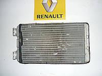 Радиатор печки Renault Master / Movano 03> (BEHR 7701207992)