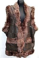 Тёплая женская жилетка из натуральной кожи и овечьей шерсти