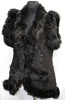 Женская жилетка натуральная из кожи и овчины