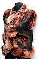 Модна фірмова тепла жилетка жіноча з шкіри і овечої вовни