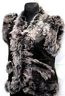 Молодіжна жіноча натуральна жилетка з сірим опушенням