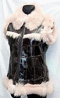 Теплая кожаная натуральная женская жилетка с опушкой
