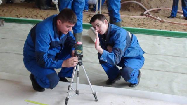 «Улаштування  наливних підлог за допомогою машини PFT G5» -1