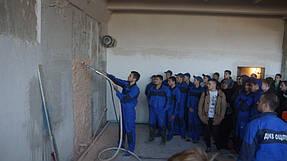 Нанесение сухих смесей на вертикальную поверхность механизированным способом 8