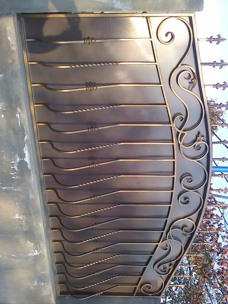 забор обшитый листом с покраской и установкой 1950 гр. м.2