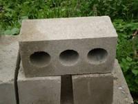 Стінові блоки з тирси. Опілкобетон ( органобетон)