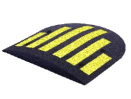 Лежачий поліцейський боковий елемент