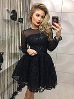 Женское платье черное с гипюром приталенное с юбкой