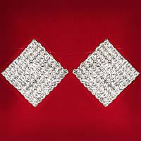 [30 мм] Клипсы женские белые стразы светлый металл свадебные вечерние (пуссеты) квадрат крупные