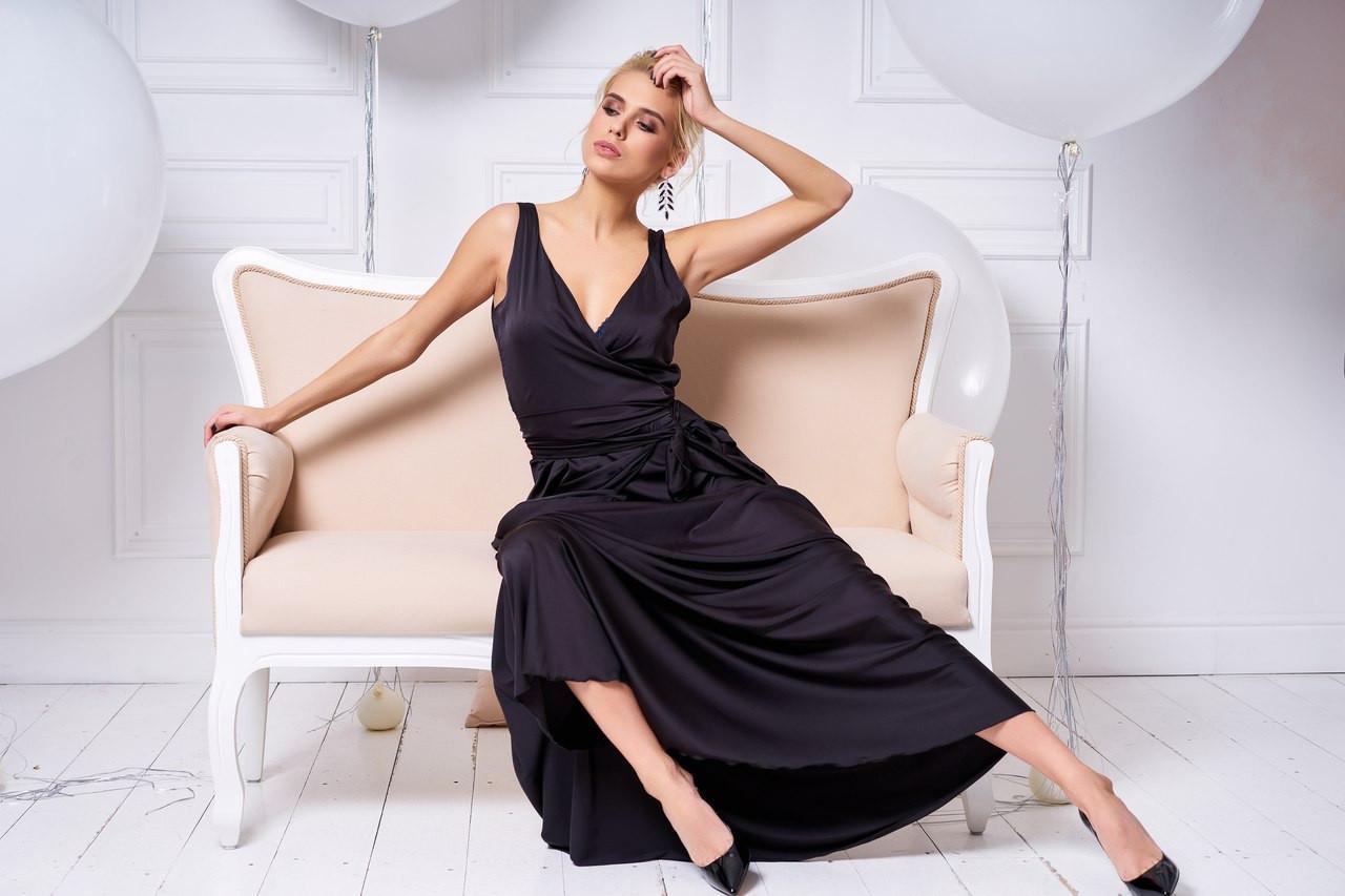 a9052411b65 Женское платье в пол из шелка с запахом
