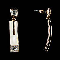 Серьги-пусеты с белой эмалью и стразами (металл под золото) 2,5*1,5см