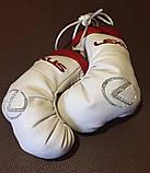 Сувенир-брелок перчатки боксерские подвеска в авто с логотипом, фото 8