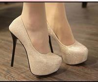 Туфли женские стиль Christian Louboutin (размер 39) бежевый