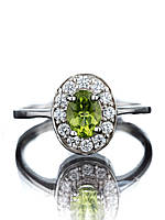 Кольцо серебряное с хризолитом