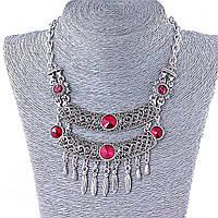 Колье в восточном стиле с крупными красными стразами,цвет металла серебро, длина 42-50см