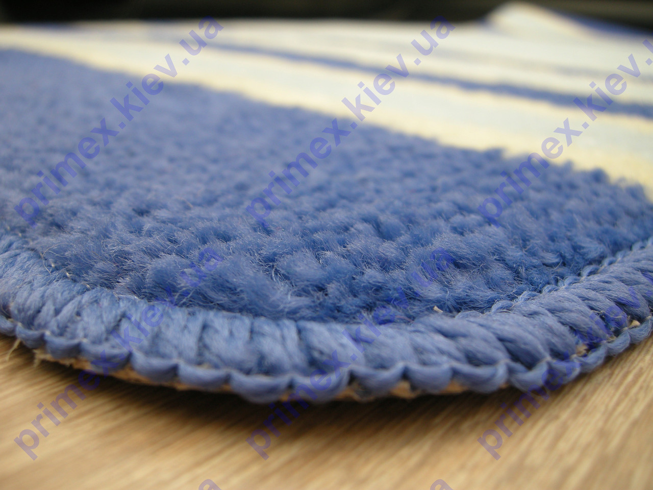 Коврики для ванной комнаты сине-голубые. Коврик для ванной Киев