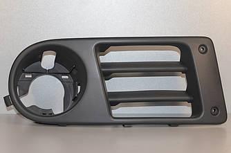 Кронштейн противотуманной фары на Renault Trafic 2.5dCi (135 лс) 03-> 06 R (правый) — Opel - 91168431