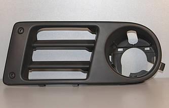 Кронштейн противотуманной фары на Renault Trafic 2.5dCi (135 лс) 03-> 06  L (левый) — Opel - 91168432