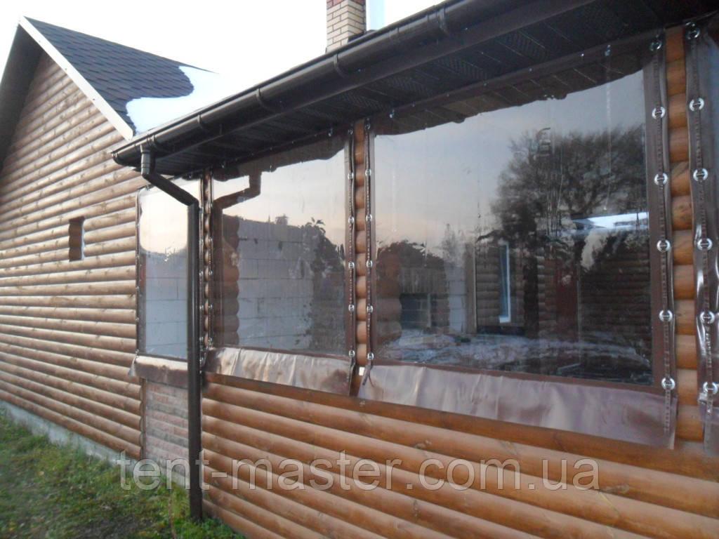 Прозрачные ПВХ шторы для деревянной веранды дома