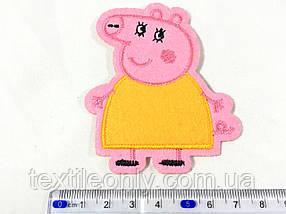 Нашивка Мама свинка 60х70 мм