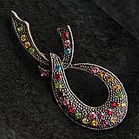 [20/45 мм] Элегантная Брошь Шарфик металл под капельное серебро с разноцветными стразами