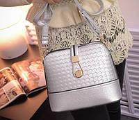 Женская сумка через плечо плетенная