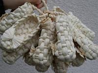 Лапти сувенирные из листьев кукурудзы
