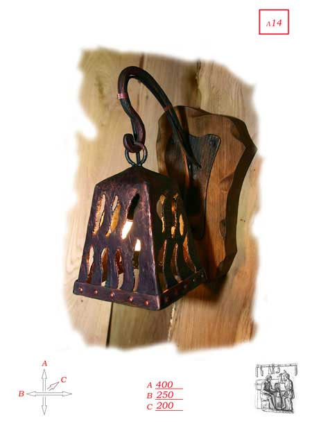 Кованый светильник колокольчик