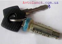 Личинка дверного замка Mercedes Vito 638