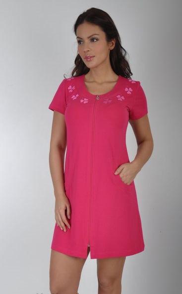 Женский летний халат среднего размера розовый с листами клевера