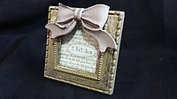 Маленькая настольная рамка для фото, поликерамика,  11х11 см., 100/75 (цена за 1 шт. + 25 гр.)