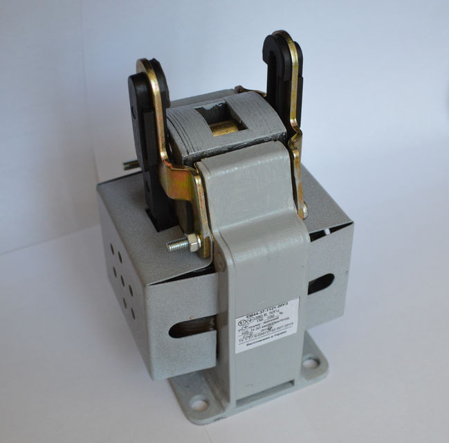 Электромагнит типа ЭМ44-37 (ЭМ44-37-1121)