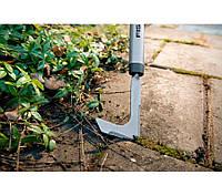 Тяпка для уборки травы на дорожке патио Fiskars 136521, фото 1