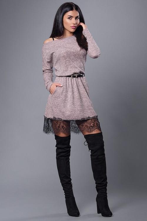 5127959f14b Теплое молодежное платье из ангоры низ декорирован черным кружевом -  Оптово-розничный магазин одежды