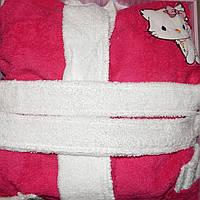 Детский халат для девочки Philippus малиновый с кошечкой 9-10 лет.