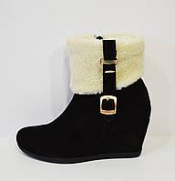 Женские черные ботинки Kluchini 2065