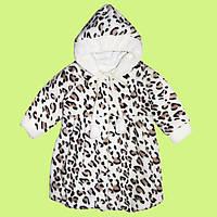 Очень яркое и стильное пальто с капюшоном 74-110
