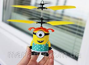 Летающий миньон - девочка, интерактивная игрушка - вертолёт, фото 3