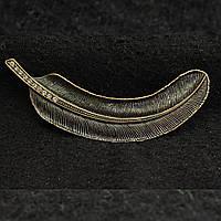 [20/90 мм] Изящно выполненная Брошь состаренный металл перья со стразами на конце