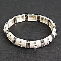 [5.5см] Браслет женский, объемный, белый, инкрустирован небольшими декоративными камнями круглой формы