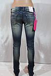 Жіночі джинси з декором із золотих каменів, фото 2