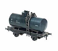 Картонная модель Двухосная цистерна 25 м3 Нефть 386-2 УмБум