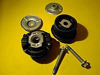 Комплект передних сайлентблоков задней балки Mercedes w220/c215 1998 - 2006 A2153500008 Mercedes