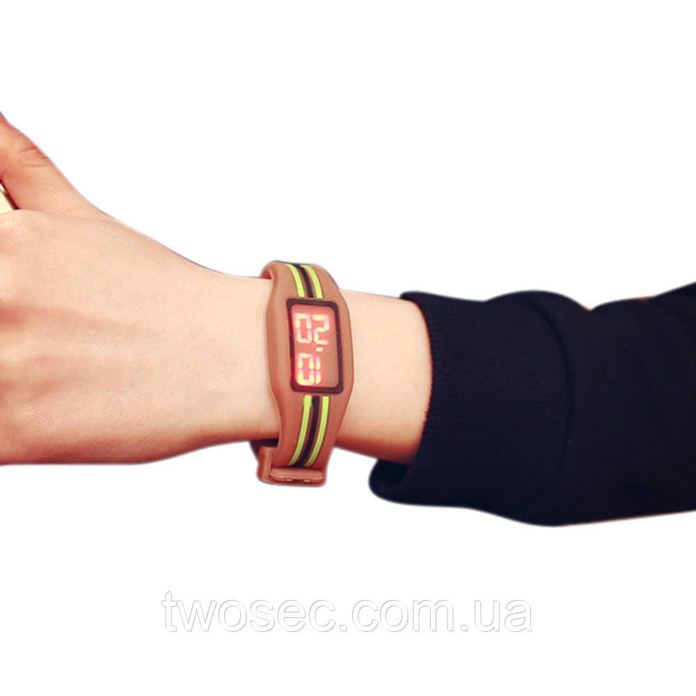 Детские наручные электронные силиконовые цифровые часы Claudia Coffee коричневые, коричневого цвета