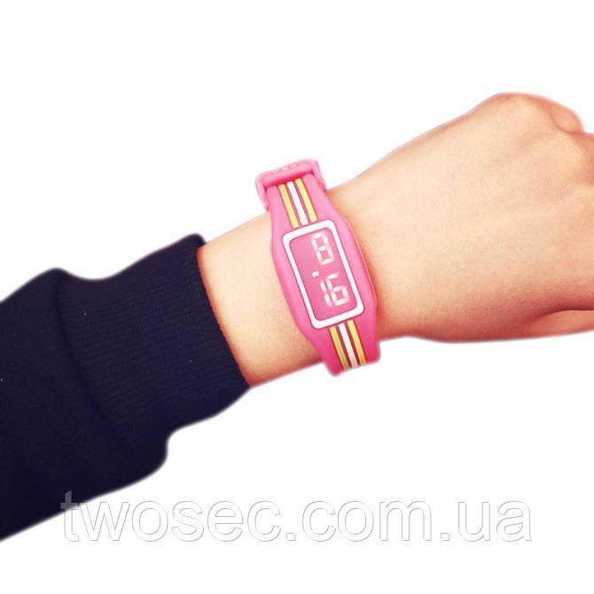 Детские наручные электронные силиконовые цифровые часы Claudia Hot Pink розовые, розового цвета